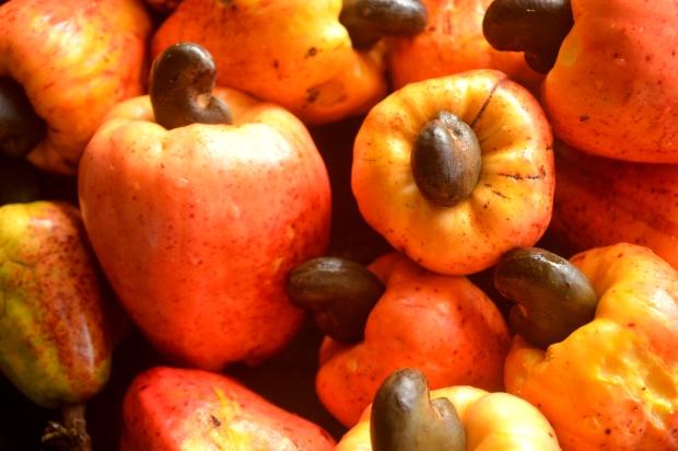 fruits-1205990_1920